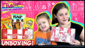 munchpak-mini-unboxing-038-review-december-2017-8211-taste-testing-treats-300x169 Subscription Boxes