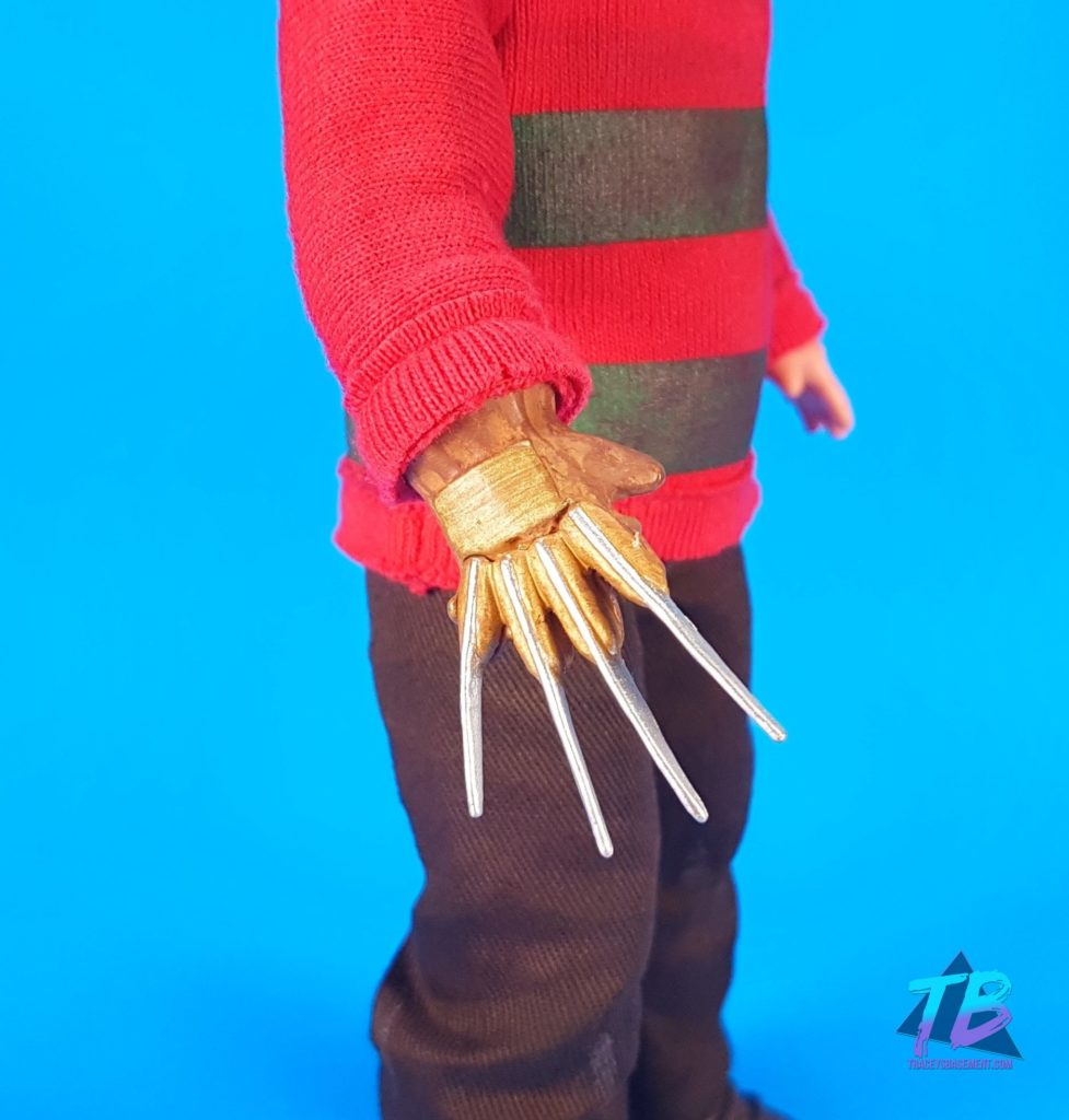 Living-Dead-Doll-Freddy-Krueger-Claw-Glove-977x1024 Living Dead Doll Freddy Krueger from Mezco! Toys and Collectibles Videos