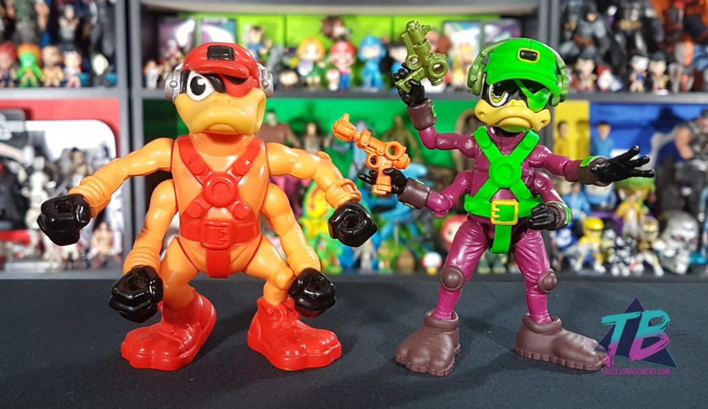 Bucky-Ohare-Boss-Fight-Studio-Vs-Hasbro-Action-Figure-Comparison-Deadeye-Duck-1024x592 Boss Fight Studio Bucky O'Hare Corsair Canard Deadeye Duck Exclusive! Toy News Toys and Collectibles