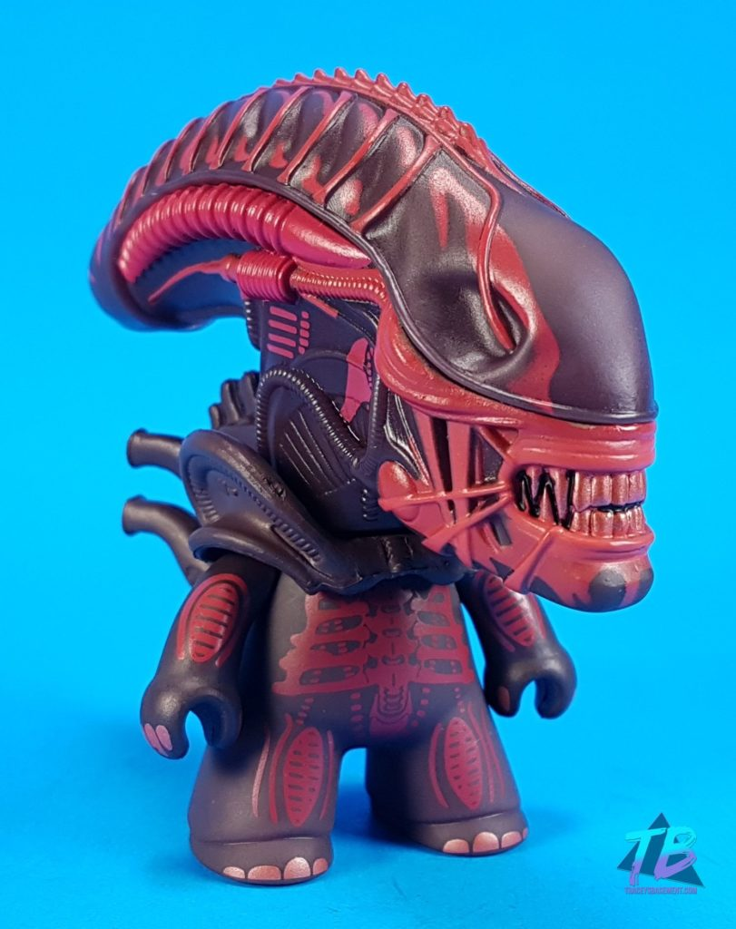"Aliens-Titans-Merchandise-Vinyl-Blind-Box-Figures-Entertainment-Earth-Full-Case-Unboxing-Red-Xenomorph-811x1024 Aliens Titans ""Game Over"" Collection! Toys and Collectibles Videos"