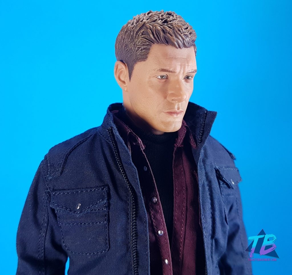 QmX-Quantum-Mechanix-Master-Series-6th-Scale-Figure-Supernatural-SPN-Dean-Winchester-Jensen-Ackles-Join-the-Hunt-Close-Up-1024x963 AMAZING Dean Winchester 6th Scale from QmX! Videos